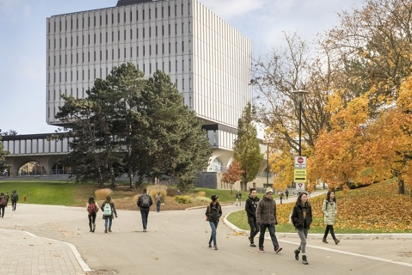 University Of Waterloo, Canada: Acceptance Rate, programs and Fees